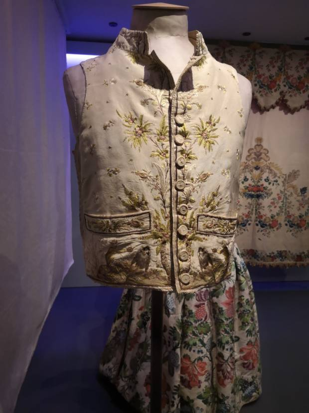 Hawthorne & Heaney Visits Fashioned from Nature London Hand Embroidery